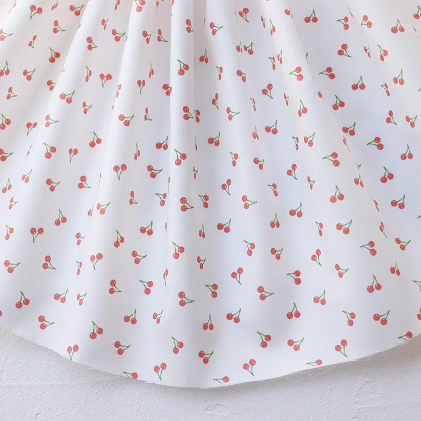 nunocoto fabric:ちいさいさくらんぼ