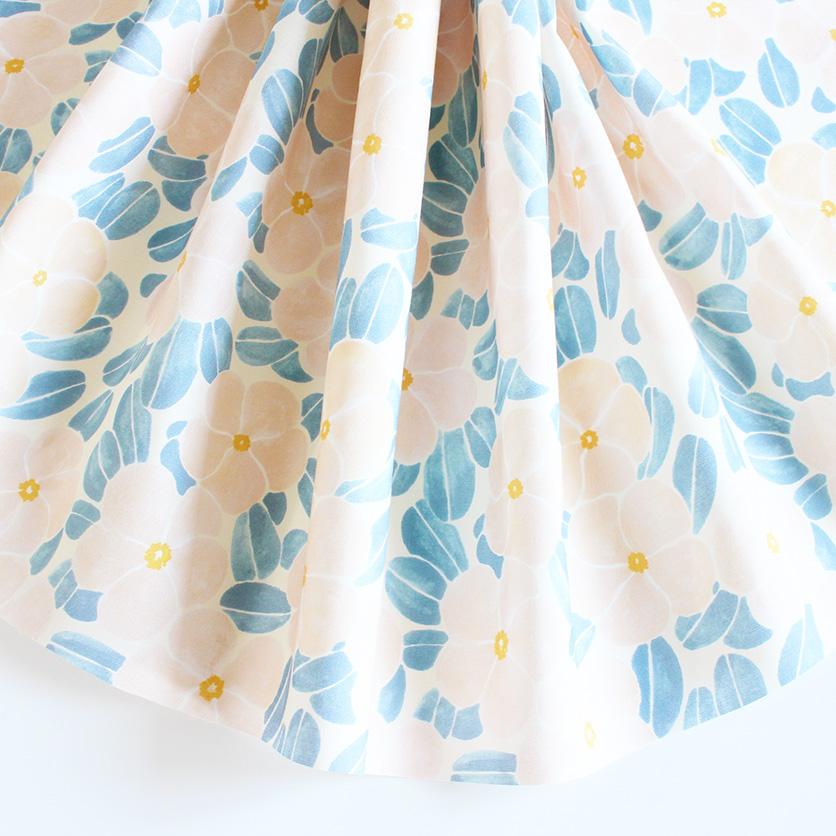 nunocoto fabric:日々草 -nichinichisou-(ペールクリーム)
