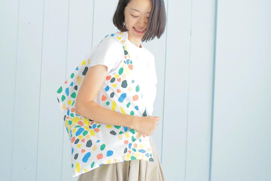 『かたちの服』から、長方形バッグを作りました!
