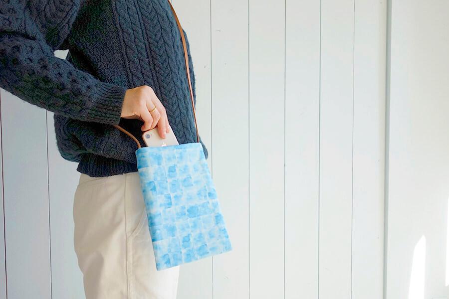 身軽におでかけ♪ミニサコッシュバッグの作り方