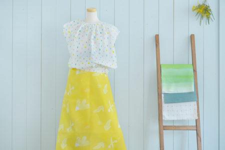 今日の、布コンビ愛。ブラウスとギャザースカートを合わせて、春風ふわふわ。