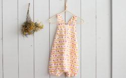 『ほんとうに使えるベビーからの服とこもの』のふんわりロンパースを作ってみました