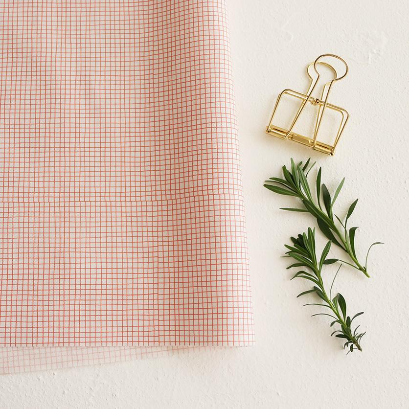 nunocoto fabric:line check(ペールグレー×レッド)