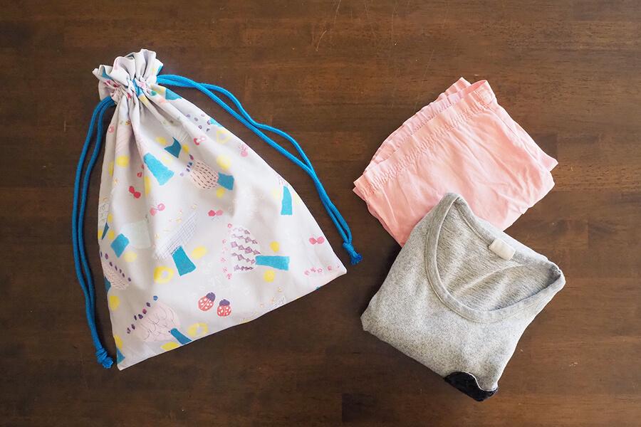 2枚仕立て(裏地つき)のフリル巾着袋の【体操着袋サイズ】